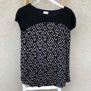Anthropologie meadow rue Aztec black and white top